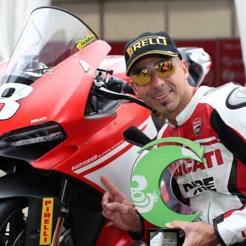 Ducati 1299 Superleggera: moto de estrada de série no pódio das Superbikes