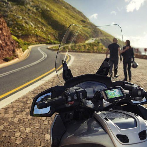Gama de GPS TomTom Rider renovada: novas versões e funcionalidades para motos