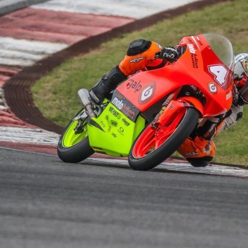 'Kiko' Maria no circuito de Montmeló para dupla jornada do campeonato espanhol de velocidade