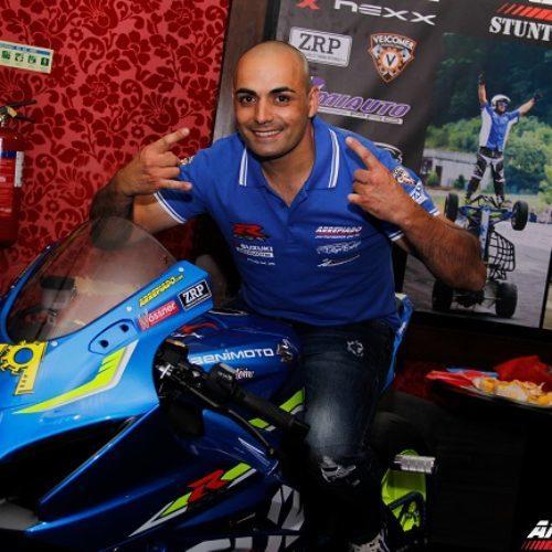Ricardo Domingos (ou 'Arrepiado') renova parceria com a Suzuki
