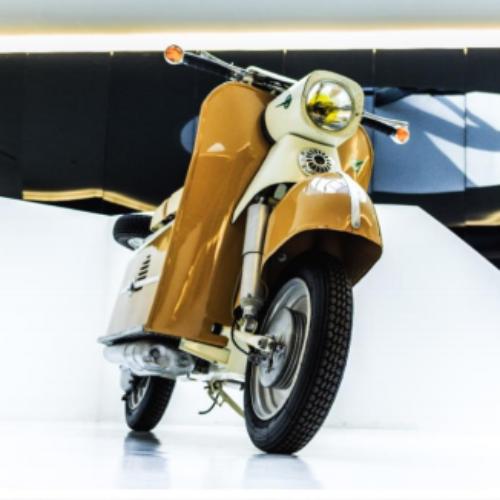 """""""Less is More"""". A história do motociclo em exposição no Centro de Artes de Águeda"""
