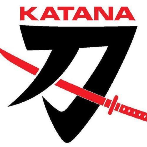 Suzuki regista o logótipo Katana