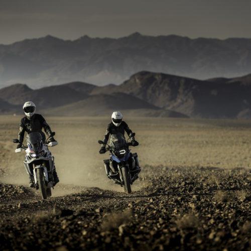 Bridgestone lança dois novos pneus para moto