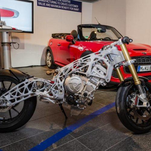 BMW mostra protótipo de um chassis 3D
