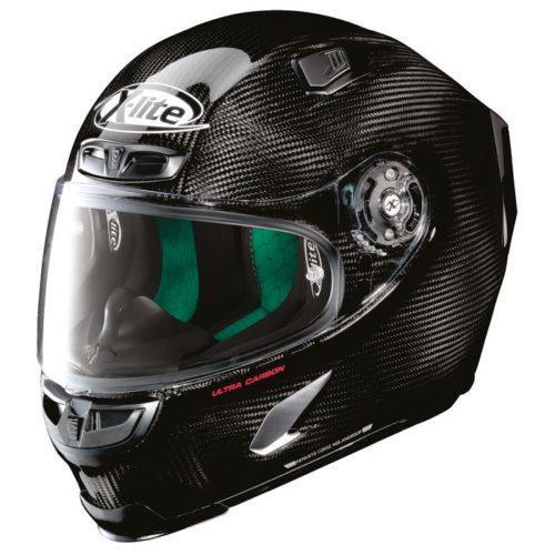 Golden Bat comercializa dois novos capacetes