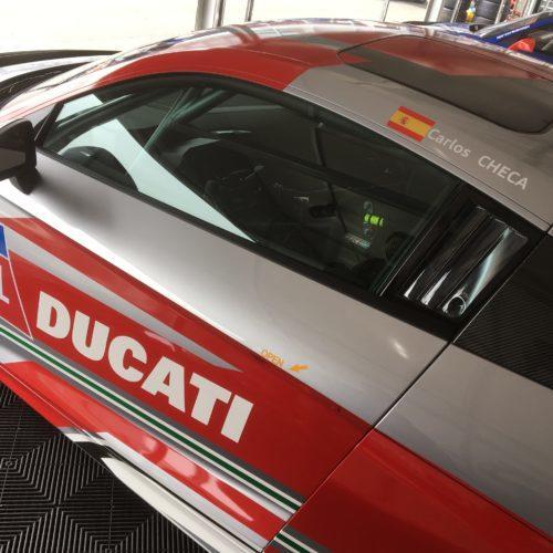 Carlos Checa leva Audi R8 duas vezes ao pódio em Nürburgring