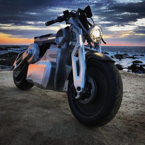 Curtiss Motorcycles mostra a sua primeira moto, a Zeus