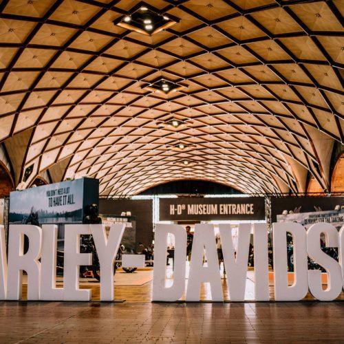 115º aniversário da Harley-Davidson junta 110 mil entusiastas em Praga