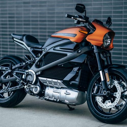 Harley-Davidson mostra moto elétrica LiveWire