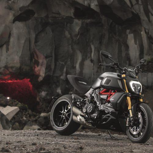 """Nova Ducati Diavel 1260 recebe prestigiado """"Red Dot Design Award 2019"""""""