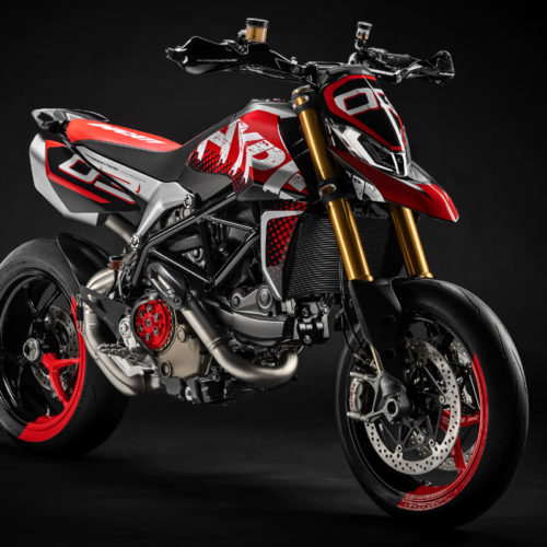 Ducati mostra Hypermotard 950 Concept