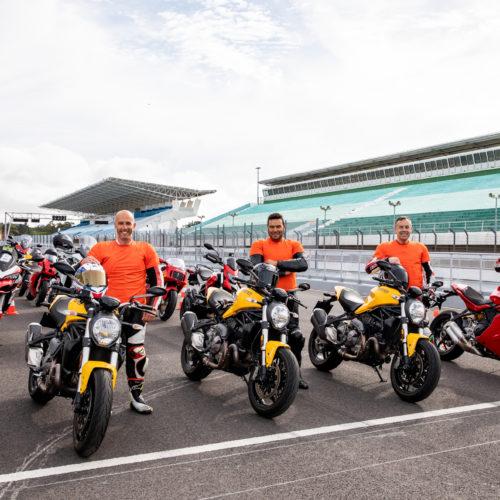 Ducati Day pintou o Estoril de vermelho