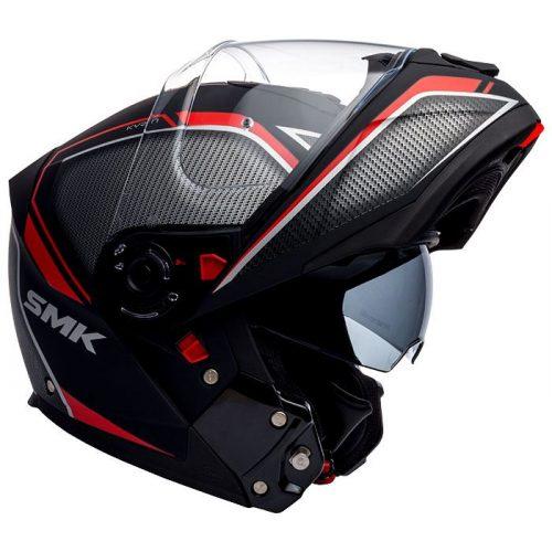 Golden Bat arranca com a comercialização dos capacetes SMK Glide