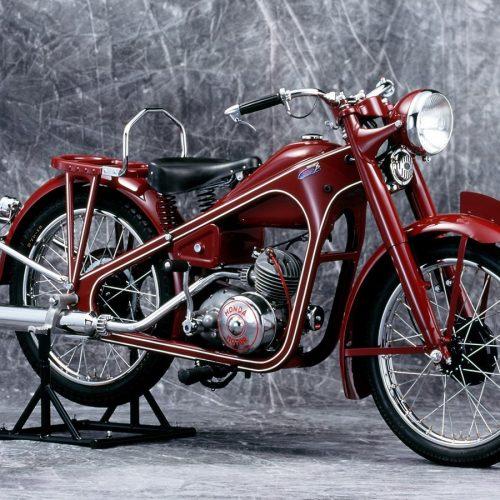 Honda comemora 70 anos e 400 milhões de unidades produzidas