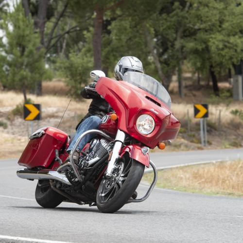 Contacto – Indian Chieftain Limited – Verdadeiro hat-trick