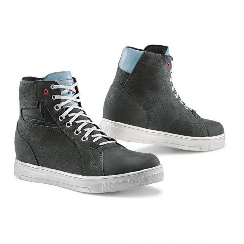 Novas botas TCX para senhora já disponíveis