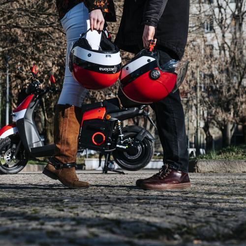 ACCIONA torna-se o maior operador global de motociclos partilhados