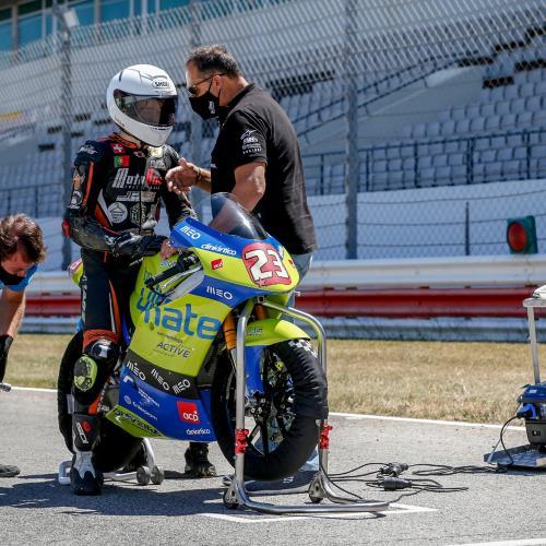 Miguel Oliveira Fan Club Racing Team com duas 'poles' e uma vitória no Algarve