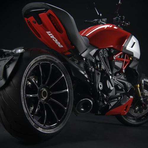 Acessórios Ducati Performance reforçam Diavel 1260