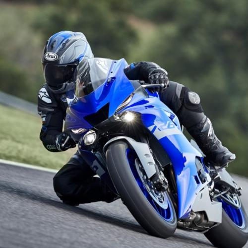 Yamaha R6 Race é moto para os amantes dos circuitos