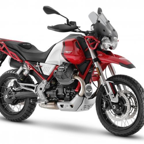 Moto Guzzi apresenta novas V85 TT e V85 TT Travel