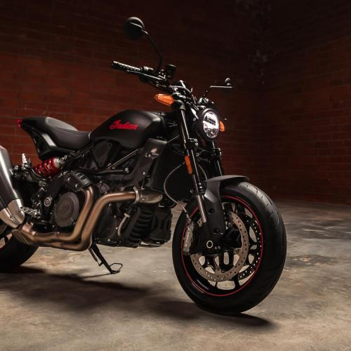 Indian Motorcycle estabelece novos padrões com a nova FTR