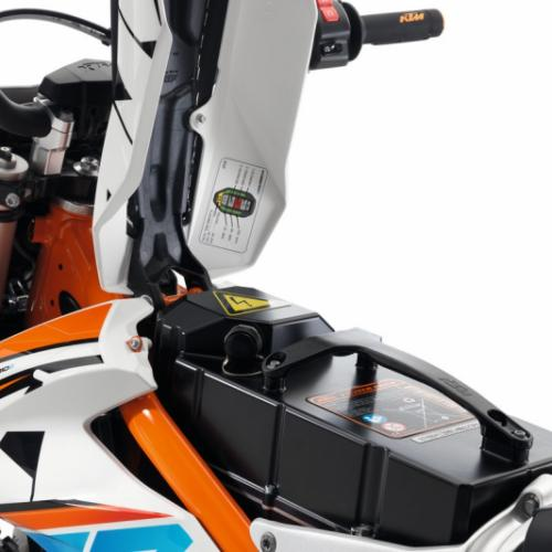 Acordo de padronização para a substituição das baterias nas motos elétricas continua