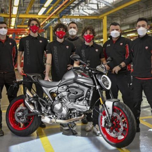 Ducati começou a produzir a nova Monster