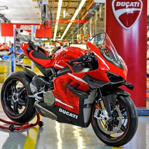 Ducati Superleggera V4 (Video Oficial)