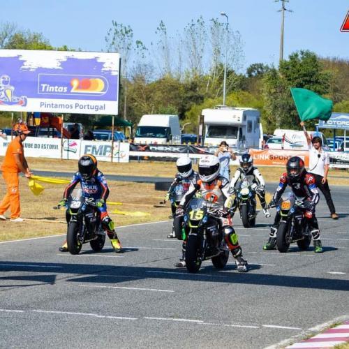 FIM Mini GP World Series com arranque rápido